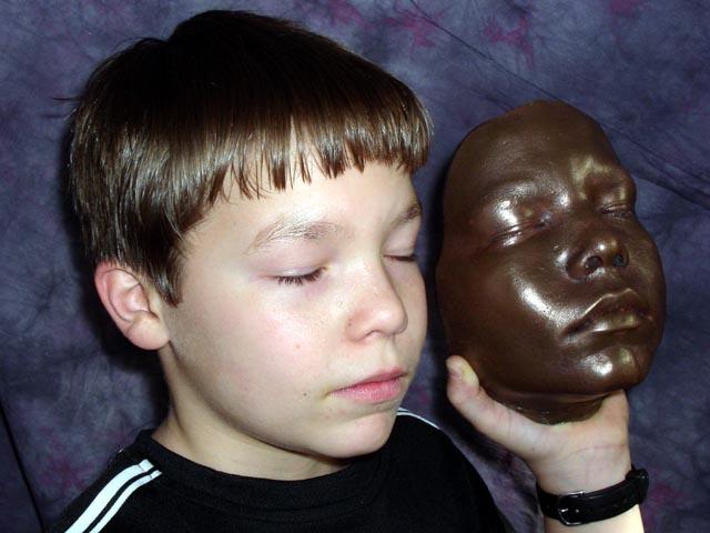 Otisk dětského obličeje